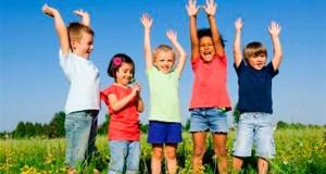 Una tarea fundamental de los padres y maestros es fortalecer el autoestima de los niños y adolescentes.