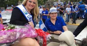 desfile-salvadoreno-con-keryl-en-el-carro-alegorico