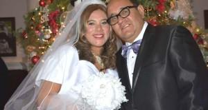 Yeni Pajuelo y su esposo Erick Callalli en el día de su casamiento.