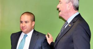 El gobernador electo, Phil Murphy, junto a José Lozano, nombrado director ejecutivo de transición.