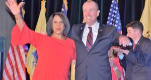 Foto-Phil-Murphy-y-Sheila-Oliver-ganan-elecciones-en-New-Jersey