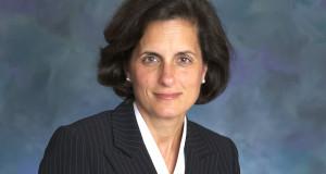 La Asambleísta del Condado de Mercer, Elizabeth Muoio.
