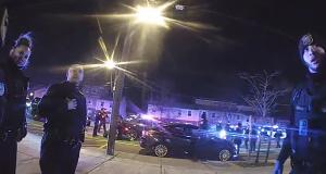 Acusan a policía de disparar fatalmente a conductor